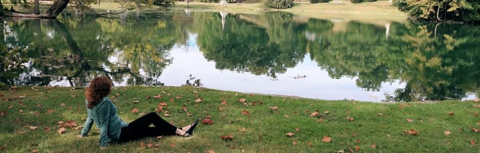 cropped-geyser-lake-2.jpg