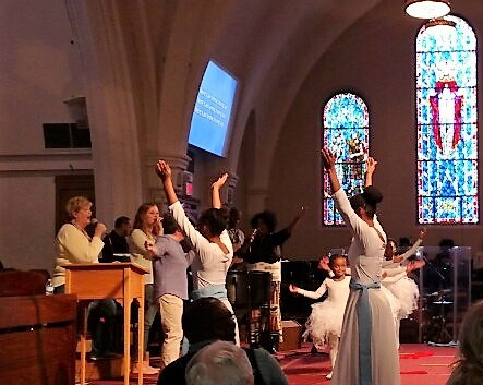 jesus-university-dancers.jpg